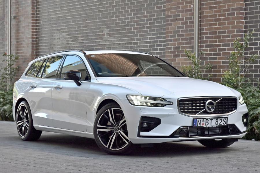 2020 Volvo V60 T5 R-Design T5 R-Design Wagon Mobile Image 1
