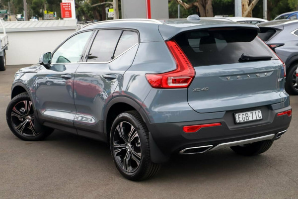 2020 Volvo XC40 XZ T4 Inscription Suv Image 2