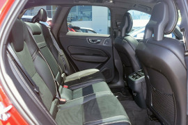 2018 MY19 Volvo XC60 UZ D5 R-Design Suv