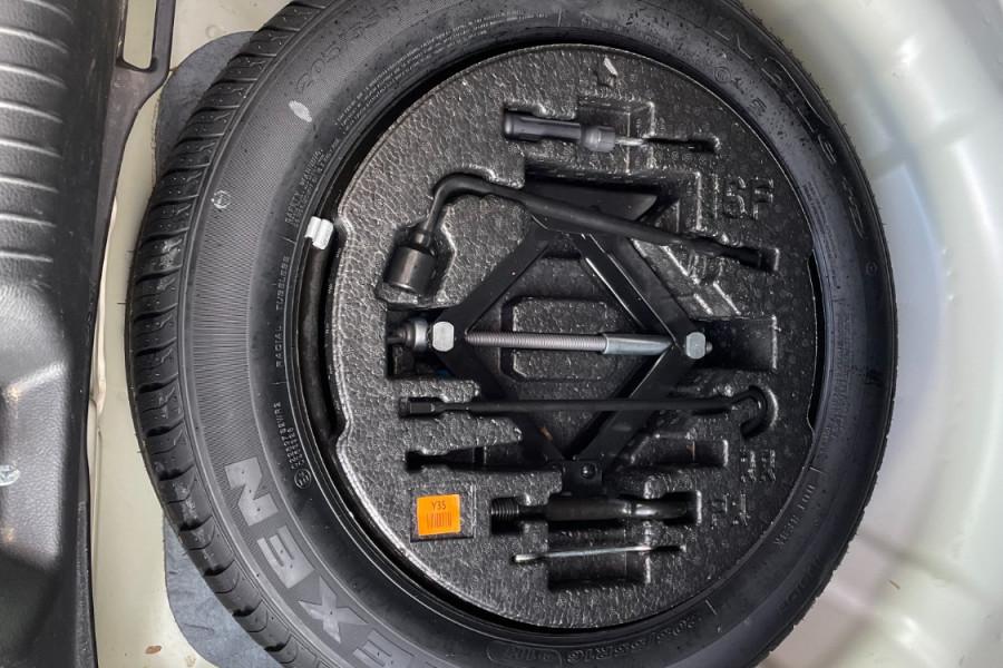 2015 Kia Cerato YD  S Hatchback Image 20