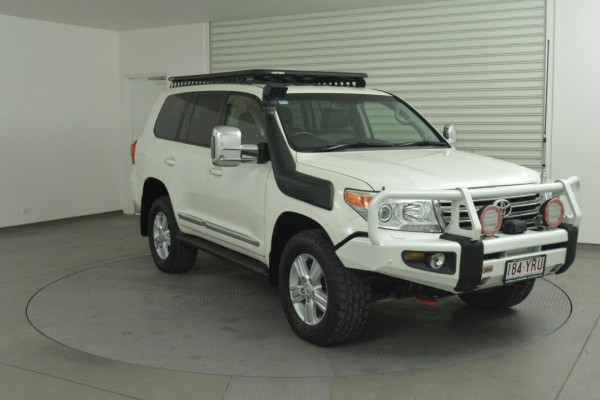 Toyota Landcruiser Sahara VDJ200R MY13