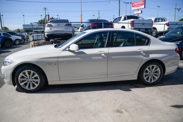 2012 BMW 5 Series F10 MY12 520d Sedan Image 9