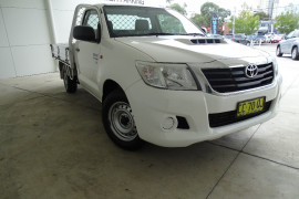 Toyota HiLux SR 4x2 Single-Cab Cab-Chassis Diesel