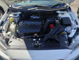 2009 Mitsubishi Lancer CJ  ES Sedan image 35
