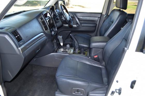 2016 MY17 Mitsubishi Pajero NX Exceed Wagon