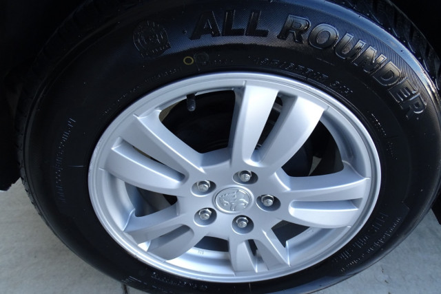 2012 Holden Barina CD Hatch 13 of 22