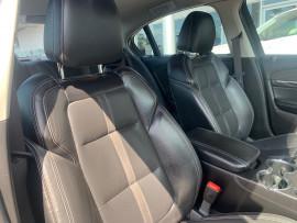 2016 Holden Commodore VF II  SS V Sedan image 16