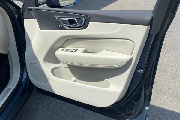 2019 Volvo XC60 (No Series) MY20 D4 Momentum Suv Image 2