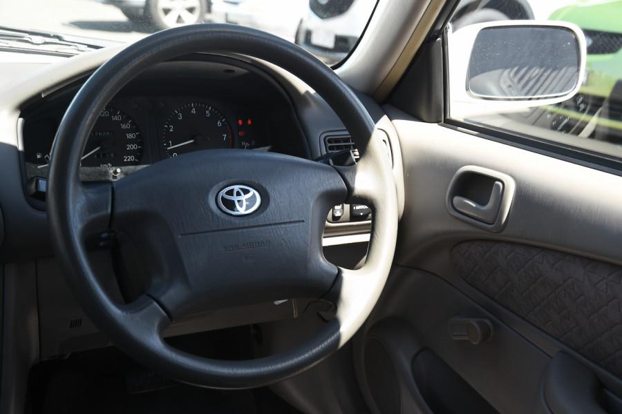 2001 Toyota Corolla AE112R Ascent Ute Image 9