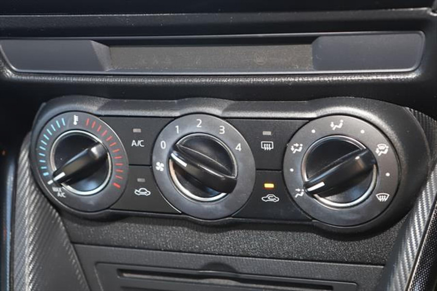 2016 Mazda 2 DJ Series Maxx Hatchback Image 18