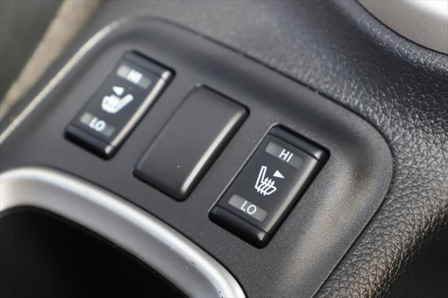 2019 Nissan Navara D23 Series 4 N-TREK Utility Image 20