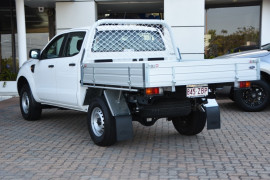 2019 Ford Ranger PX MkIII 4x2 XL Double Cab Chassis Hi-Rider Cab chassis Image 3