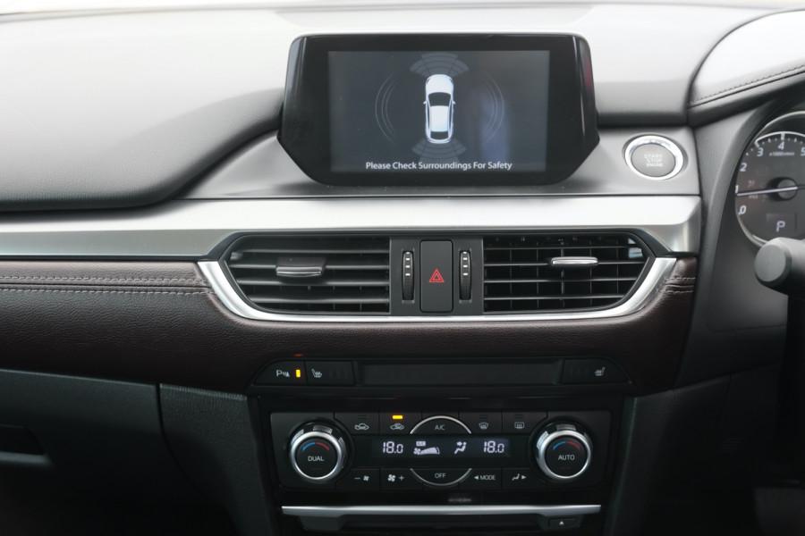 2016 Mazda 6 GJ1032 GT Sedan Image 13