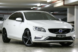 Volvo S60 T5 PwrShift R-Design F Series MY14