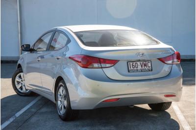 2013 Hyundai Elantra MD3 Active Sedan Image 2