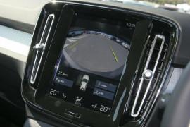 2018 MY19 Volvo XC40 T4 Momentum Suv
