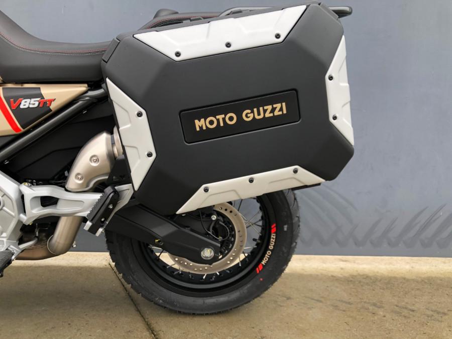 2020 Moto Guzzi V85TT Travel Motorcycle Image 32