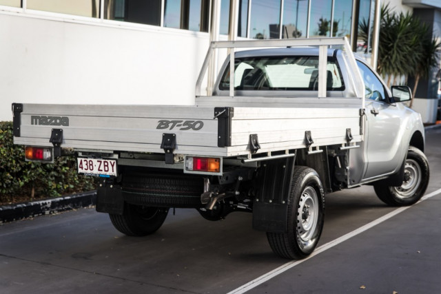 2019 Mazda BT-50 UR 4x2 2.2L Single Cab Chassis XT Cab chassis Mobile Image 2