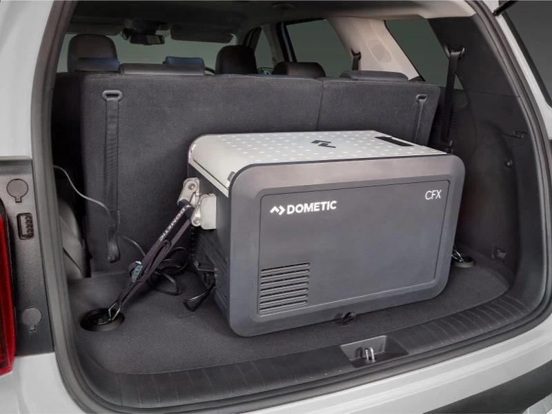 Portable fridge/freezer heavy duty strap tie-down kit.