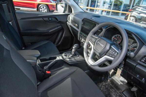 2020 MY21 Isuzu UTE D-MAX RG SX 4x2 Crew Cab Ute Cab chassis Mobile Image 6