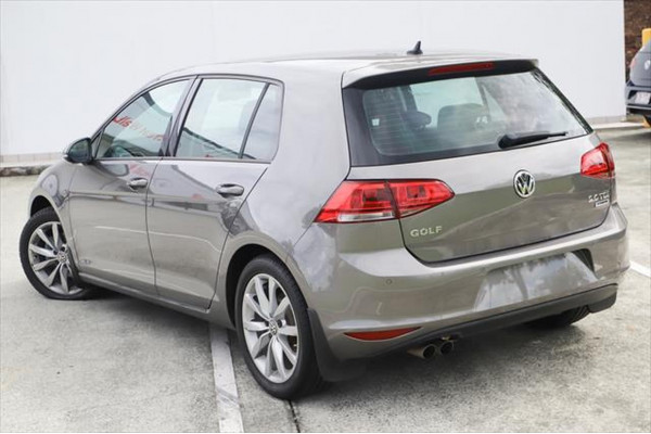 2015 Volkswagen Golf 7 MY15 110TDI Highline Hatchback Image 2