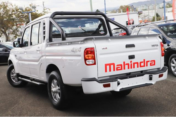 2020 Mahindra Pik-Up S10+ Black Edition Utility Image 2