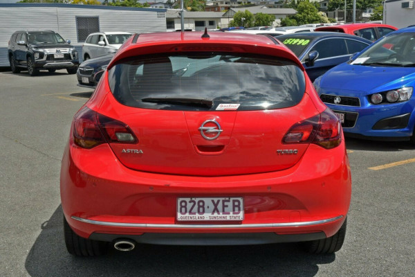2012 Opel Astra AS Hatchback Image 4