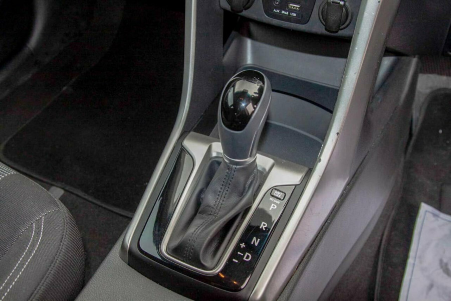 2016 Hyundai i30 GD4 Series 2 Active Hatchback Image 10