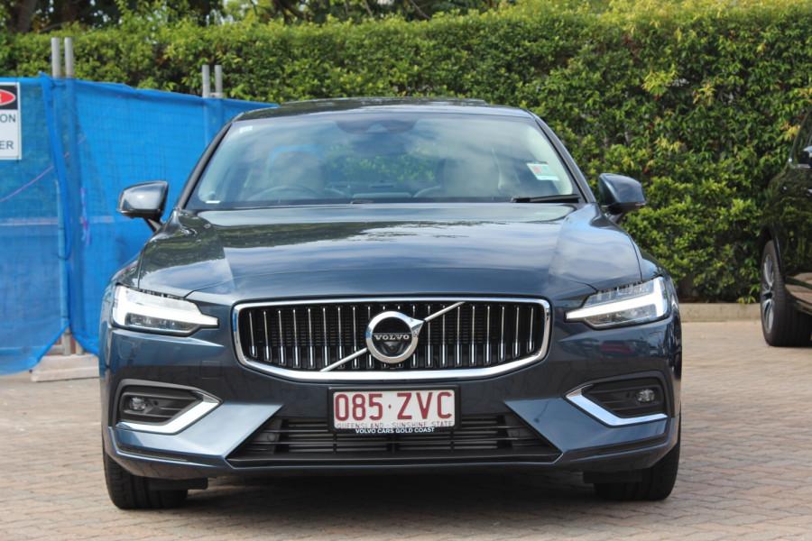 2019 MY20 Volvo S60 Z Series T5 Inscription Sedan Image 3