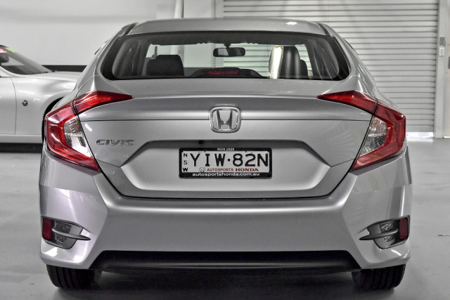 2019 Honda Civic Sedan 10th Gen VTi Sedan Image 5
