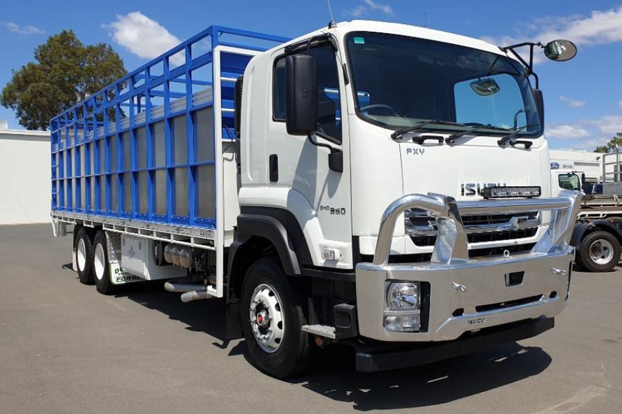 2019 Isuzu Fh Series FX FXY240-350 Livestock truck