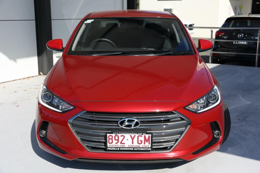 2018 Hyundai Elantra AD Trophy Sedan Image 2