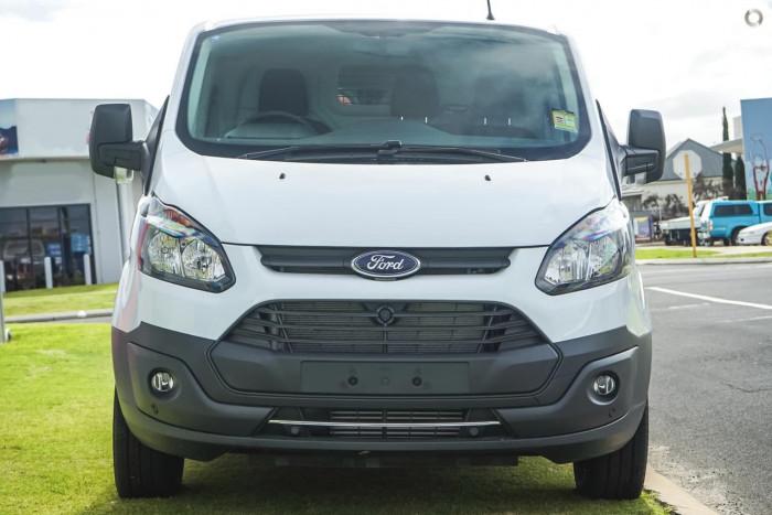 3810a3ef9b New 2017 Ford Transit Custom 290S SWB  518589 Wollongong - Gateway Ford