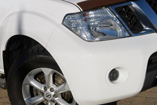 2014 Nissan Navara D40 S7 ST Utility Image 2