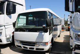 Fuso Rosa AUTO BUS BUY TODAY AND BENEFIT FROM INSTANT ASSET WRITE OFF Auto Bus Deluxe