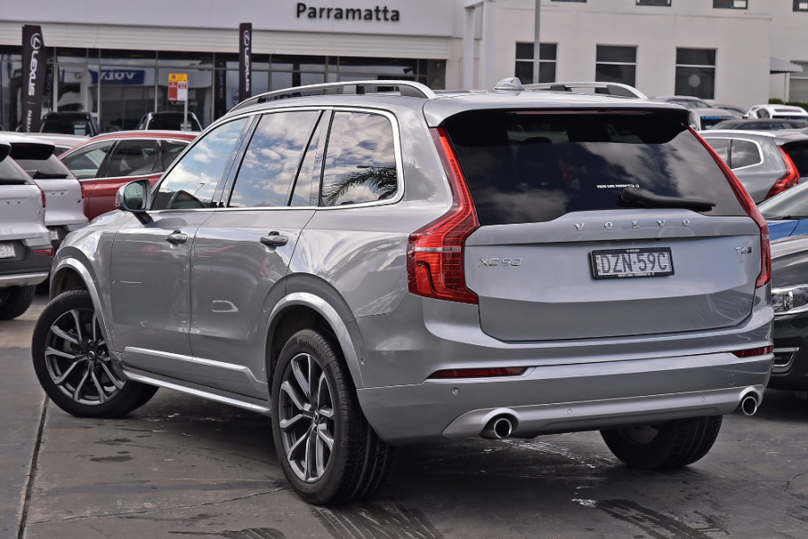2018 MY19 Volvo XC90 L Series T6 Momentum Suv Mobile Image 2