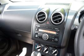 2011 Nissan DUALIS J10 SERIES II MY2010 ST Hatchback image 7