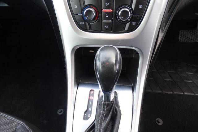 2015 Holden Astra GTC Sport 15 of 21