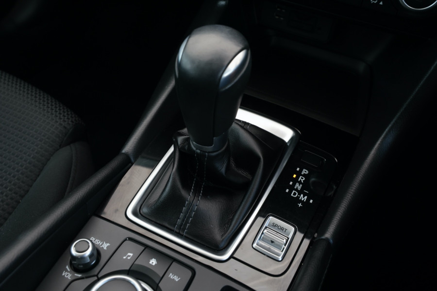2018 Mazda 3 BN5478 Maxx Hatchback Image 19
