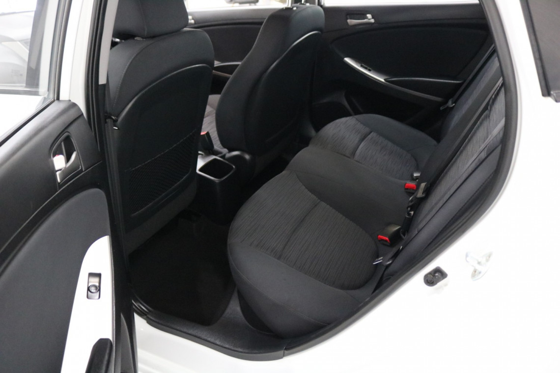 2018 MY19 Hyundai Accent RB6 MY19 SPORT Sedan Image 6