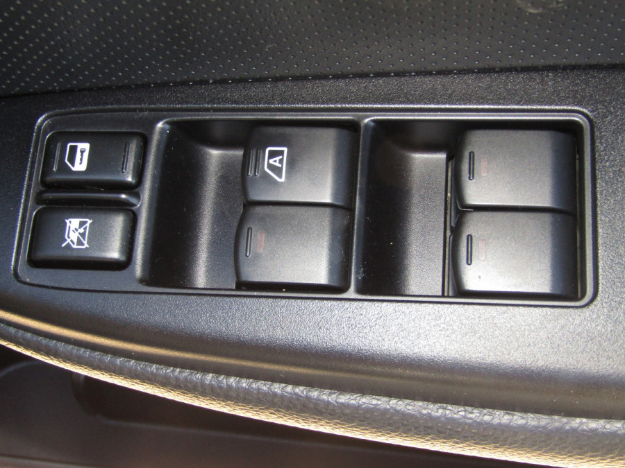 2010 Subaru Liberty B5  3.6R Premium Sedan Image 21