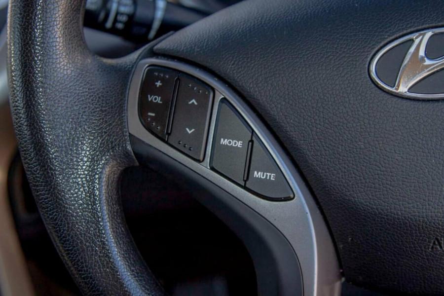 2012 Hyundai Elantra MD2 Active Sedan Image 13