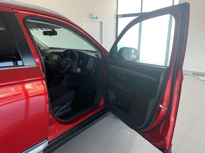 2016 Mitsubishi Outlander ZK MY16 LS Suv Image 15