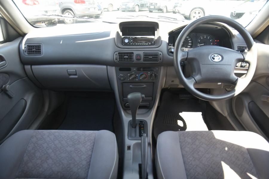 2001 Toyota Corolla AE112R Ascent Ute Image 8