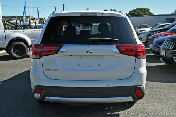 2017 MY18.5 Mitsubishi Outlander ZL MY18.5 LS 2WD Suv Image 4