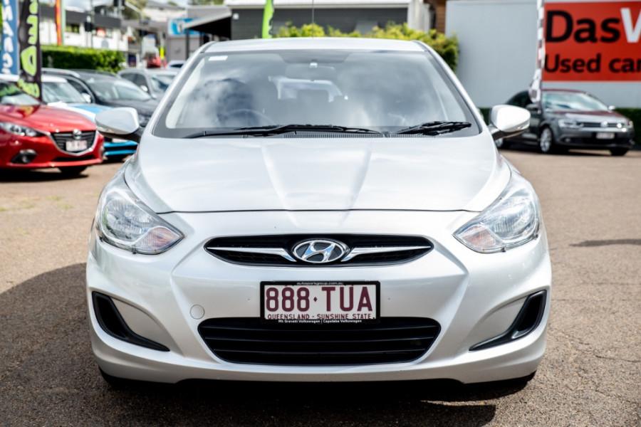 2012 Hyundai Accent Active