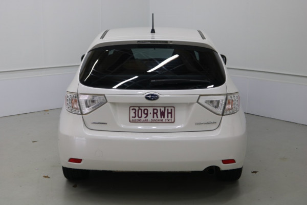 2011 Subaru Impreza G3 MY11 R Hatchback Image 4
