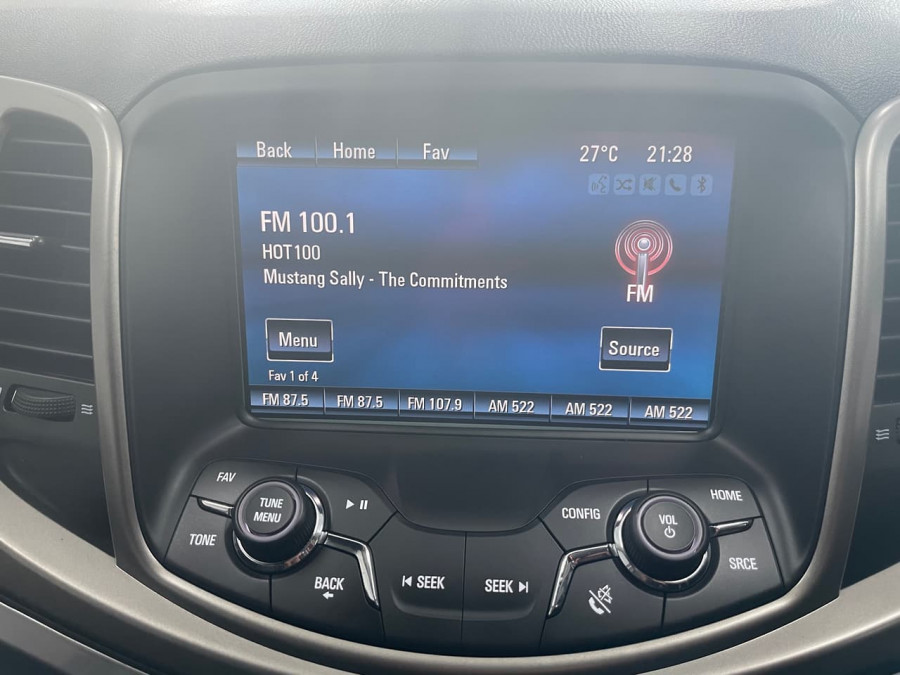2017 Holden Commodore VF II  Evoke Wagon Image 14