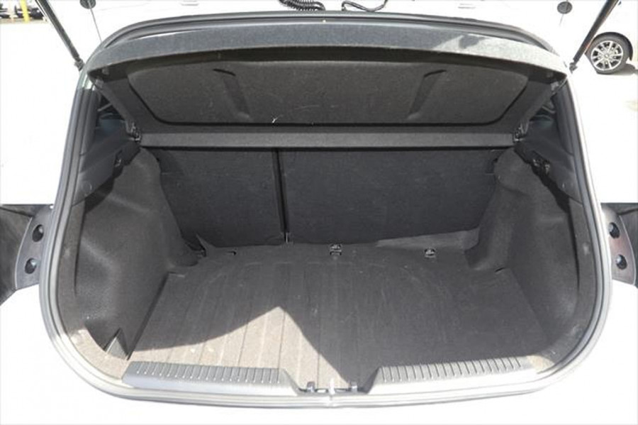 2015 Hyundai I30 GD3 Series II MY16 Active Hatchback Image 4