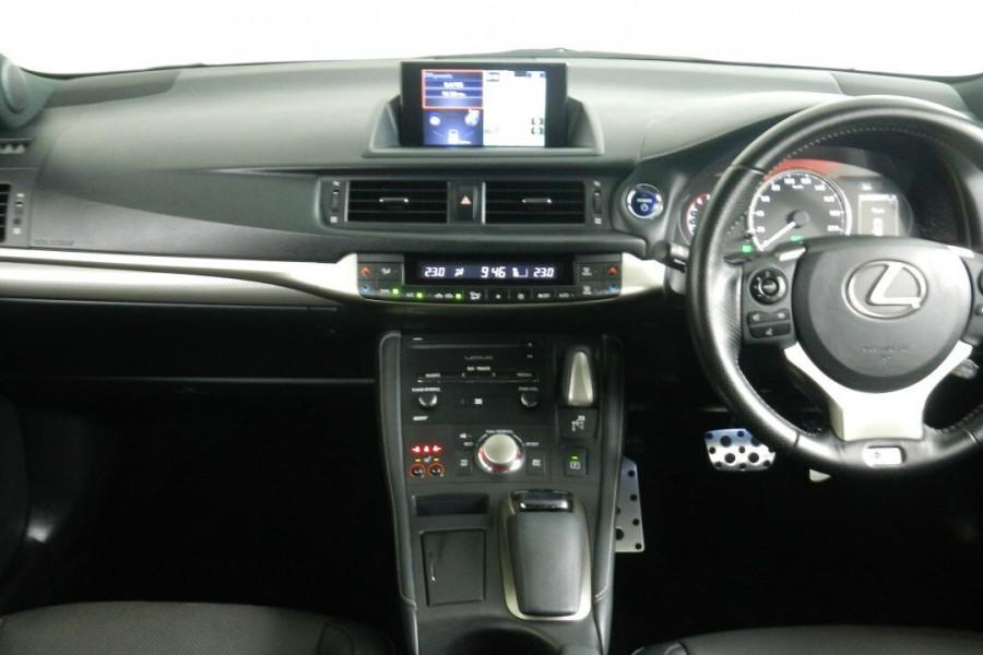 2015 Lexus Ct200h ZWA10R MY15 F Hatchback Mobile Image 9